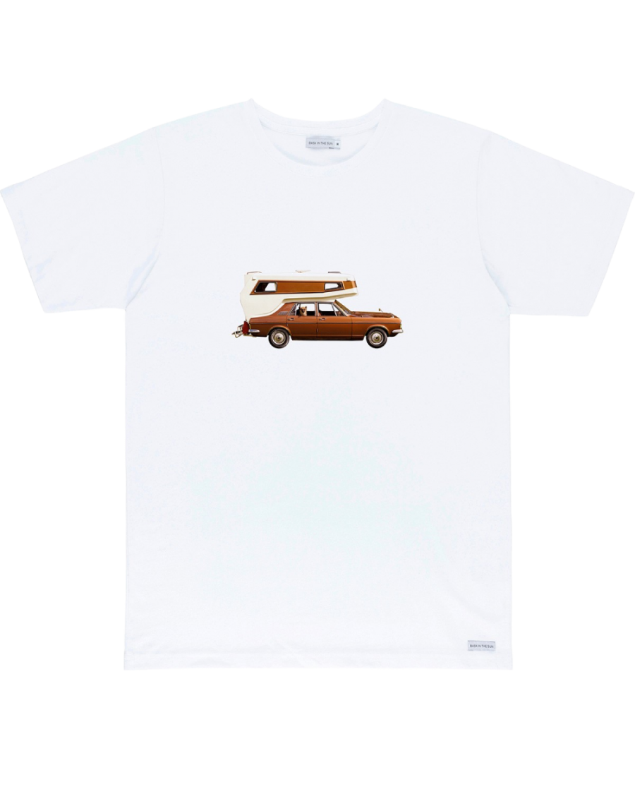 T-shirt-On-the-road